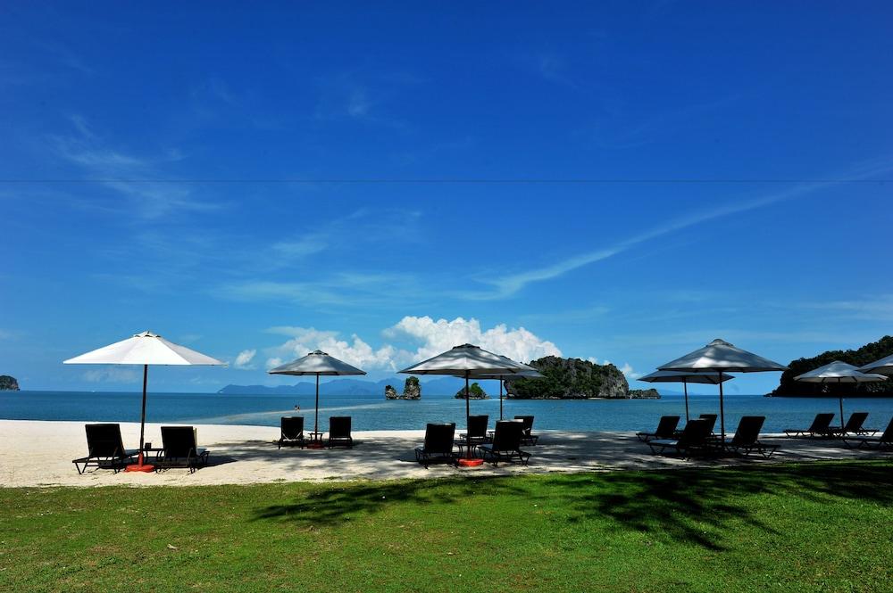 Tanjung rhu at langkawi