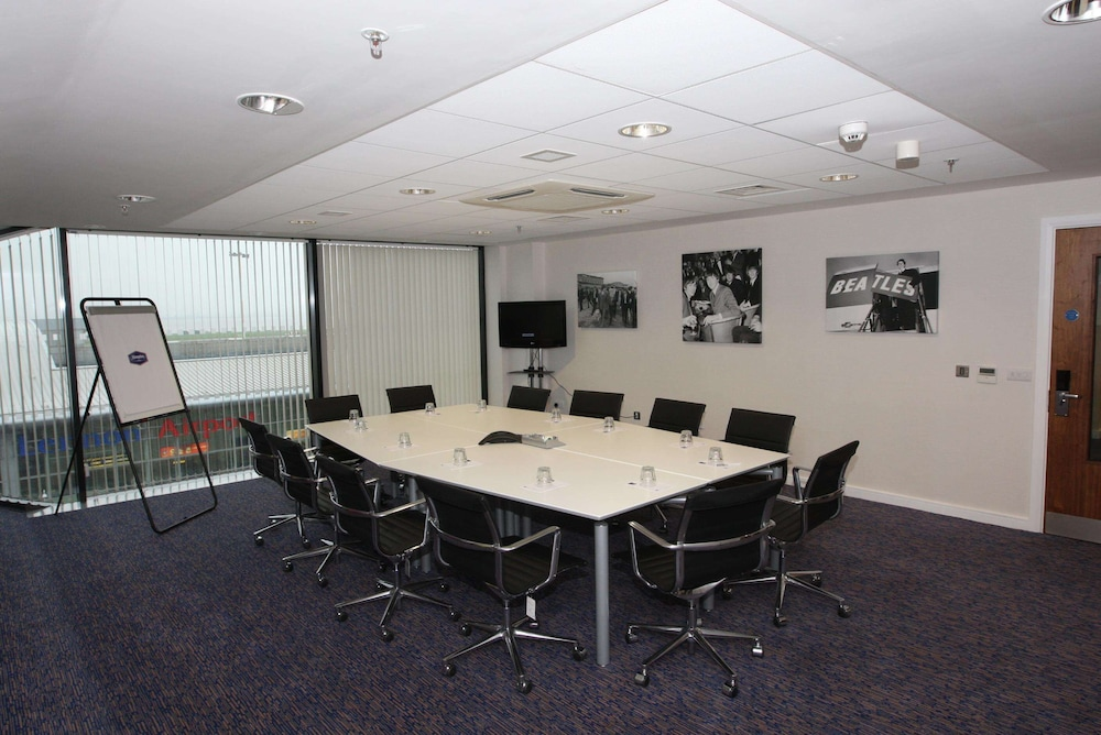 Meeting Facility, Hampton by Hilton Liverpool/John Lennon Airport