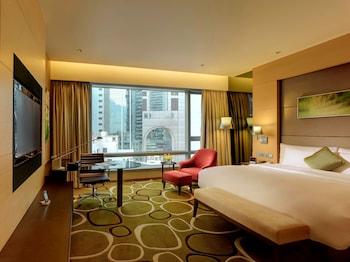 香港で日本語が通じるスタッフのいるホテルを教えてください