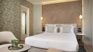 Free minibar items, in-room safe, soundproofing, free WiFi
