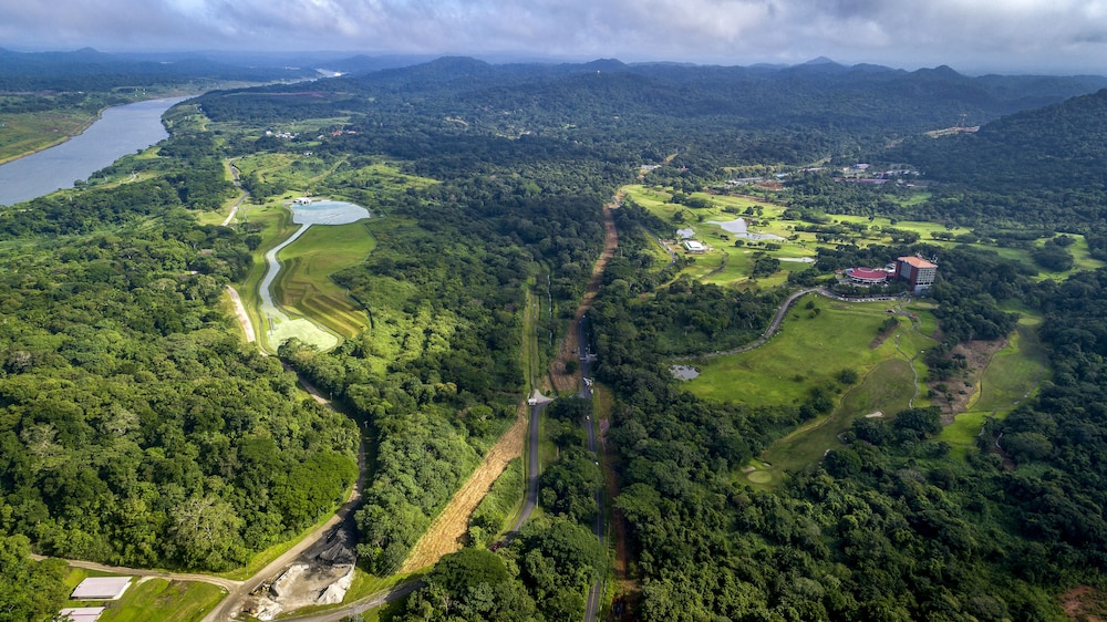 Aerial View, Summit Rainforest & Golf Resort