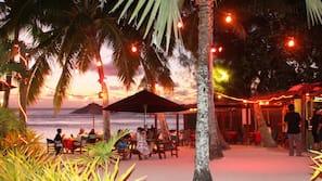 Private beach, white sand, sun loungers, beach towels