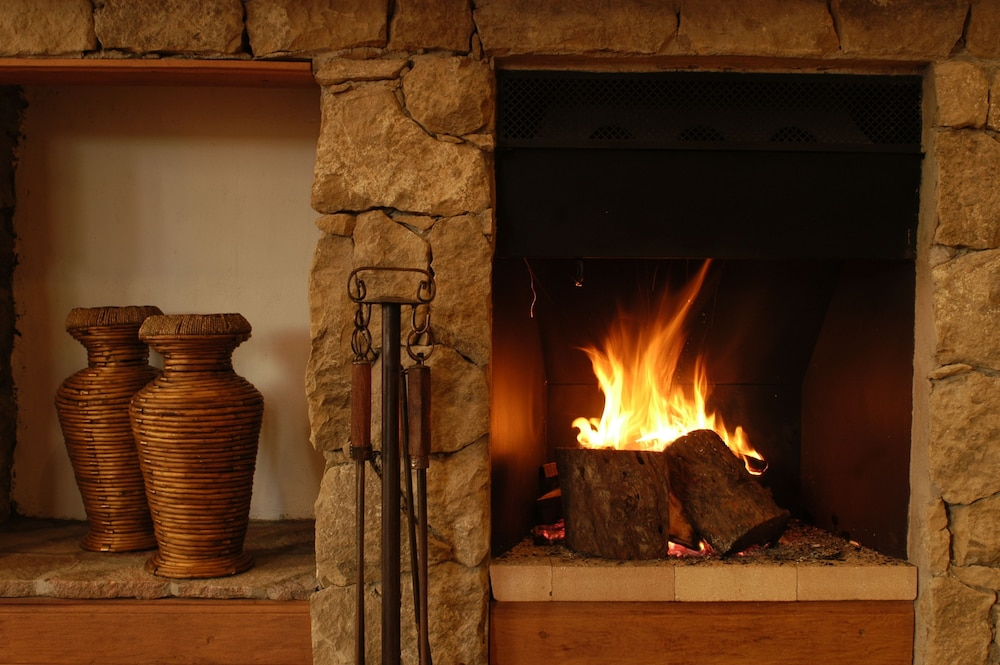 Fireplace, Calafate Parque Hotel