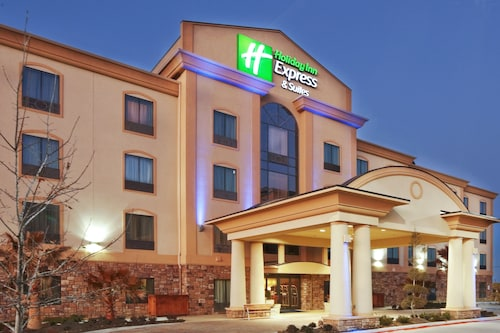 Great Place to stay Holiday Inn Express & Suites Denton UNT- TWU near Denton