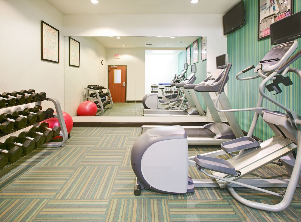 Fitness Facility, Holiday Inn Express & Suites Denton UNT- TWU