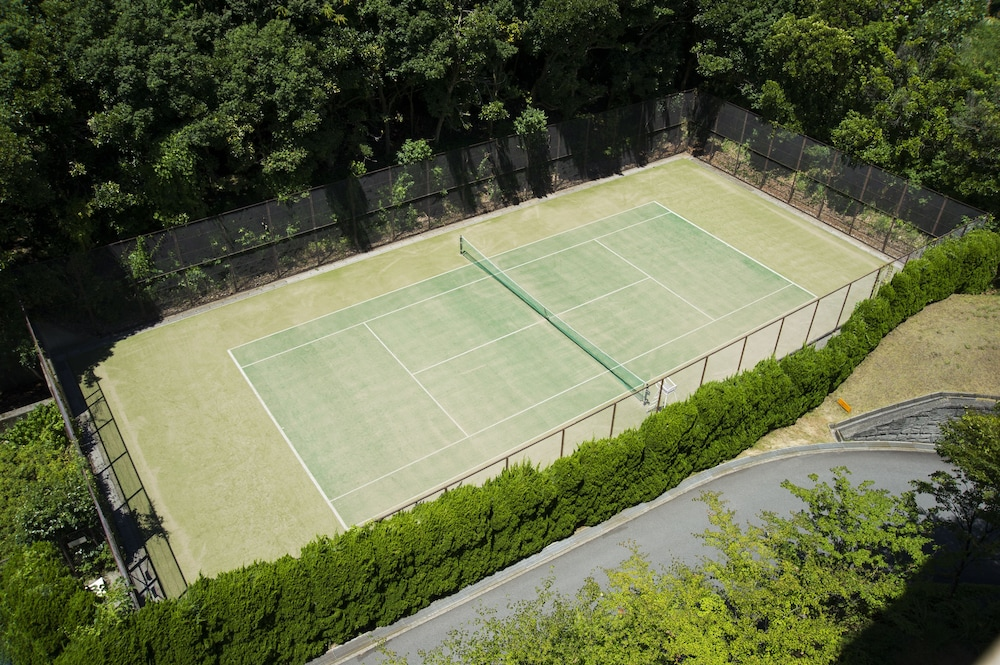 Tennis Court, Hotel Villa Fontaine Village Izukogen