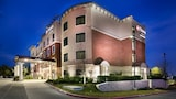 Best Western Premier Crown Chase Inn & Suites - Denton Hotels