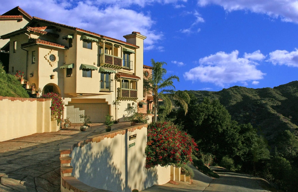 Featured Image, Topanga Canyon Inn Bed and Breakfast