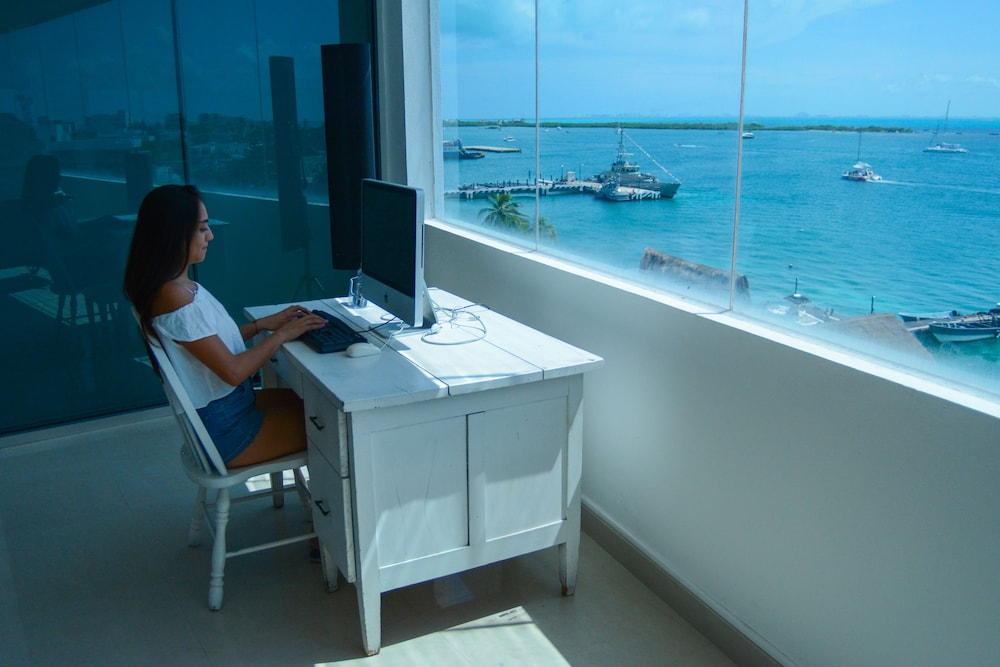 Business Center, Hotel Bahia Chac Chi - Adults Only