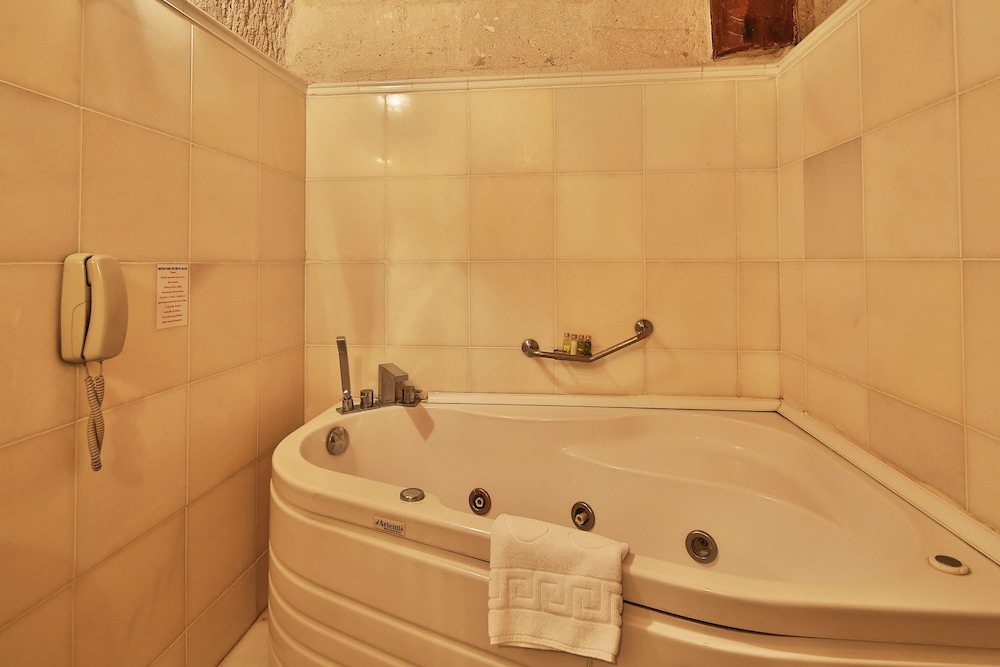 Jetted Tub, Cappadocia Cave Suites Boutique Hotel - Special Class