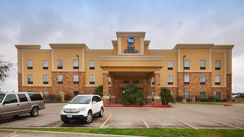 Great Place to stay Best Western Bastrop Pines Inn near Bastrop