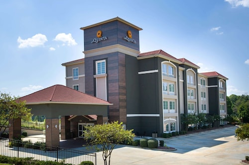 La Quinta Inn & Suites by Wyndham Tupelo
