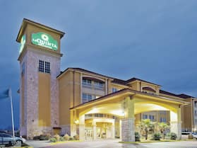 La Quinta Inn & Suites by Wyndham Little Rock - Bryant