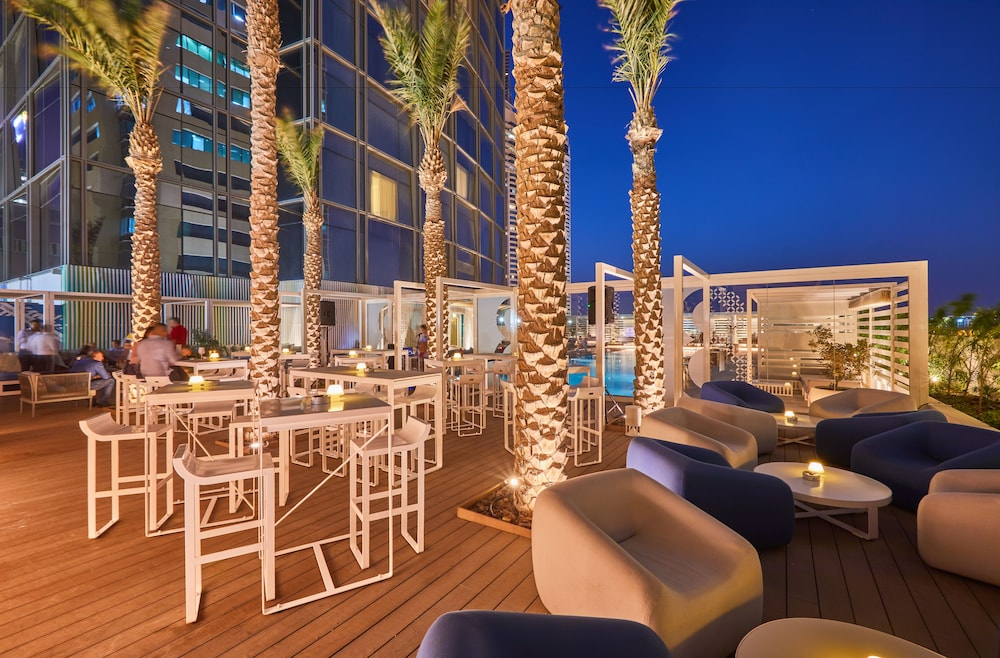 Terrace/Patio, Media One Hotel Dubai