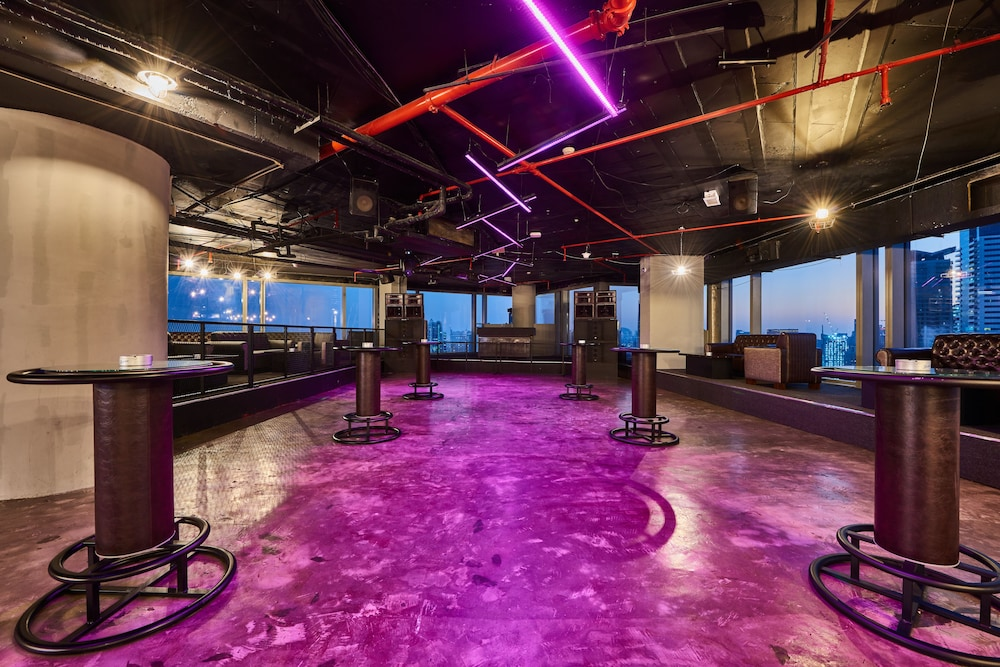 Nightclub, Media One Hotel Dubai