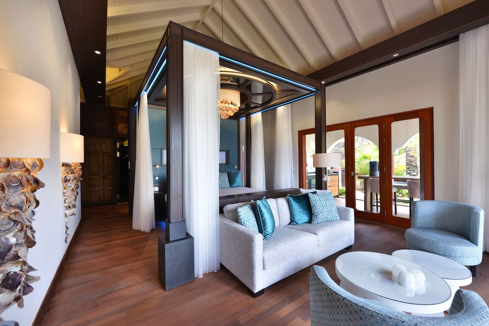 Living Room, Baoase Luxury Resort