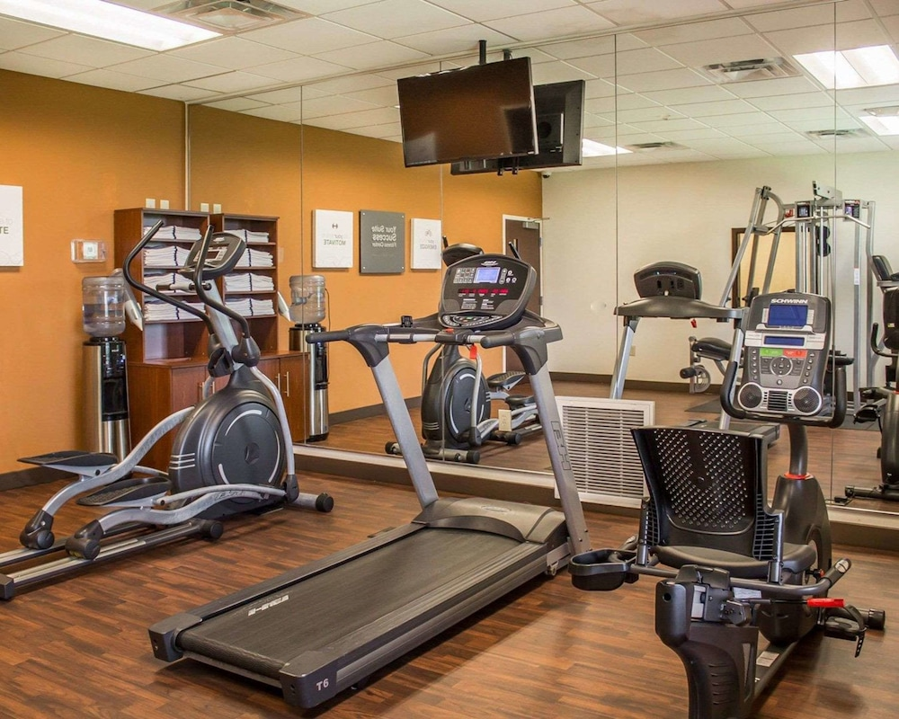 Fitness Facility, Comfort Suites East Broad at 270