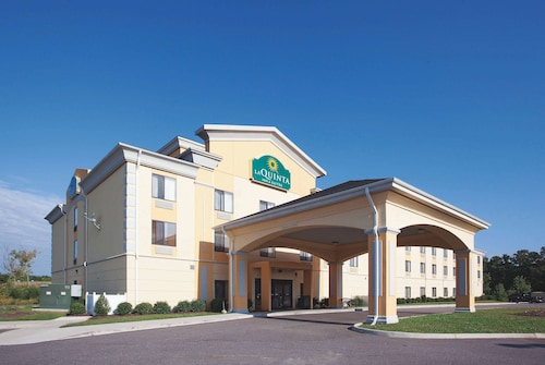 La Quinta Inn & Suites by Wyndham Richmond - Kings Dominion
