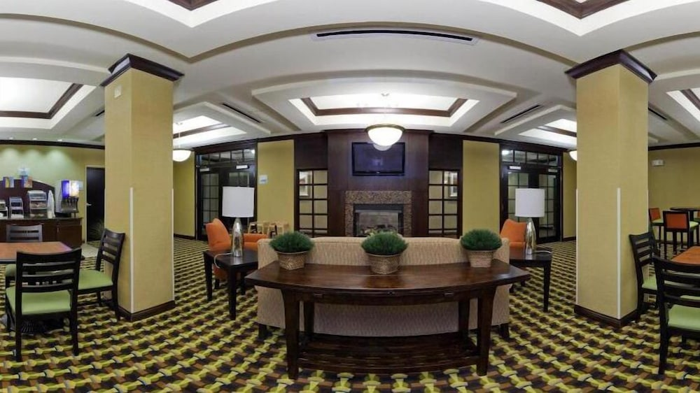 Dining, Holiday Inn Express Hotel & Suites Richwood-Cincinnati South