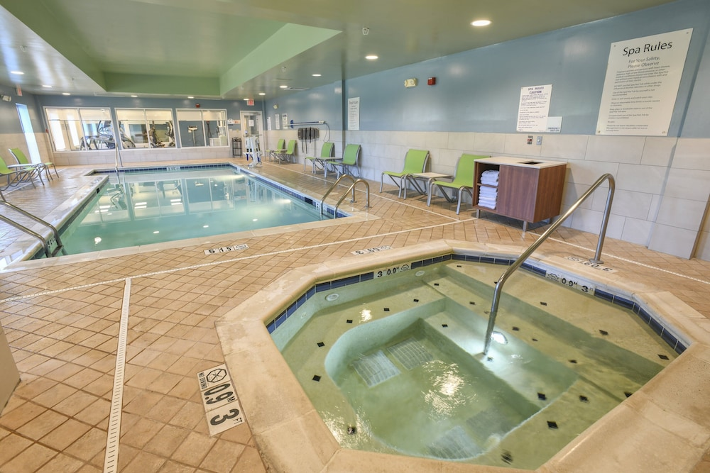 Spa, Holiday Inn Express Hotel & Suites Richwood-Cincinnati South