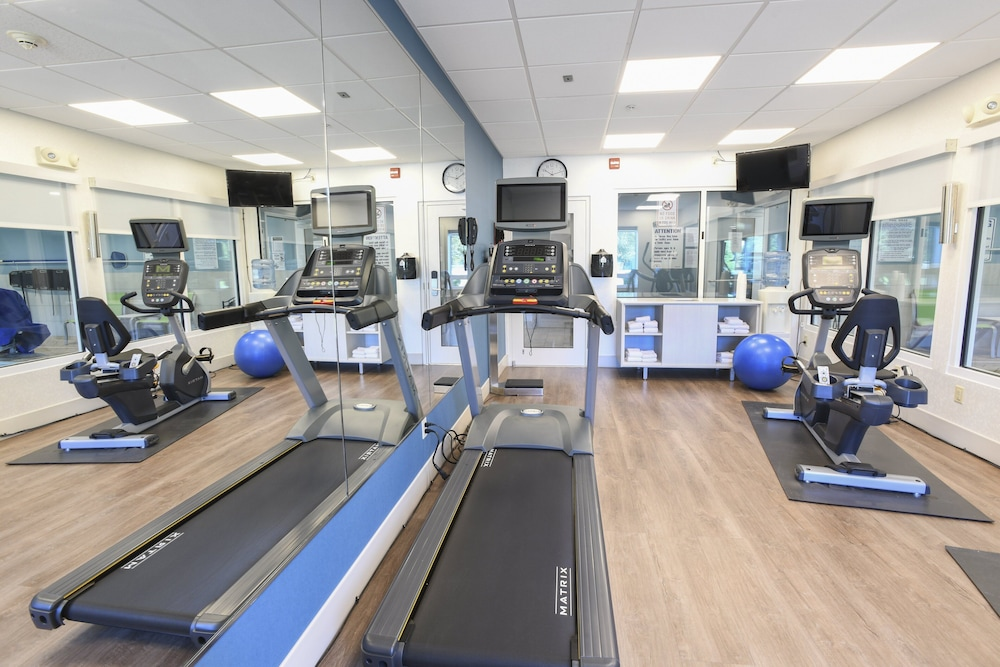Fitness Facility, Holiday Inn Express Hotel & Suites Richwood-Cincinnati South