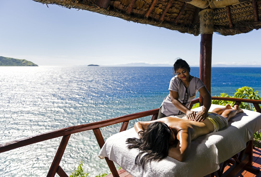 Massage, Matamanoa Island Resort