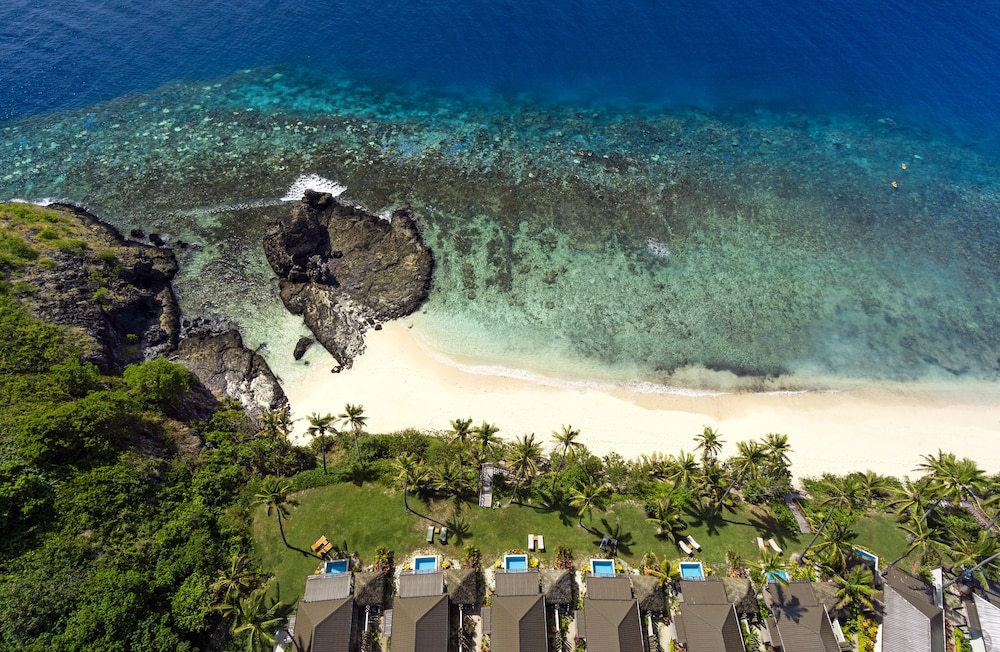 Aerial View, Matamanoa Island Resort