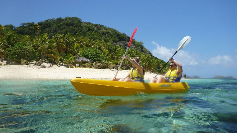 Boating, Matamanoa Island Resort