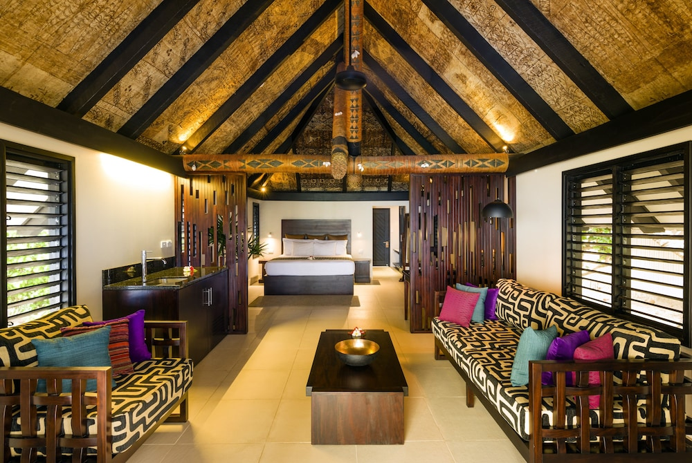 Living Area, Matamanoa Island Resort