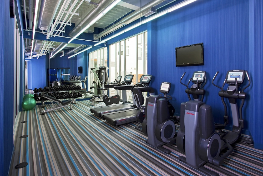 Fitness Facility, Aloft Milwaukee Downtown