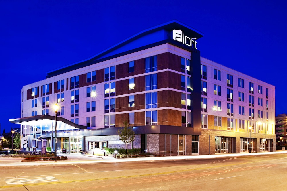 Featured Image, Aloft Milwaukee Downtown