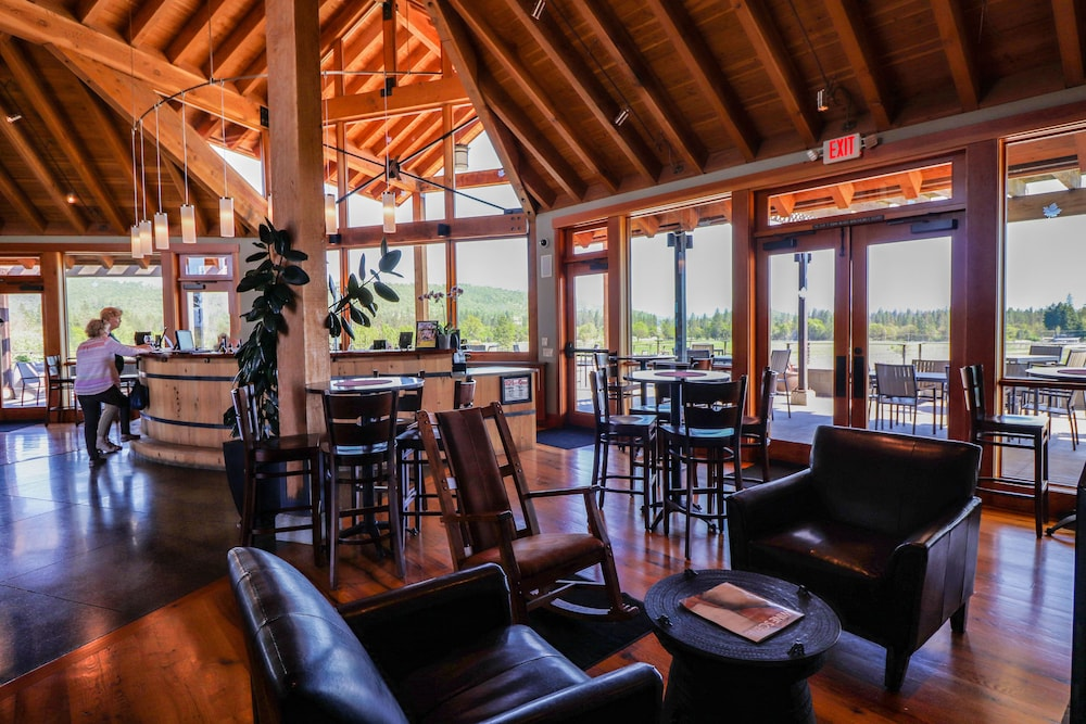 Tasting room, The Lodge at Riverside