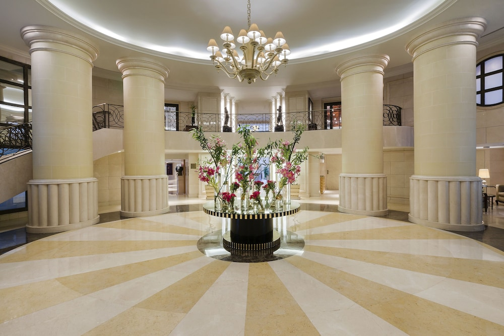 Interior Entrance, Kempinski Nile Hotel Cairo