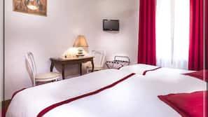 Coffres-forts dans les chambres, décoration personnalisée, bureau