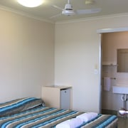 Maroochy Waterfront Motel Camp & Conference