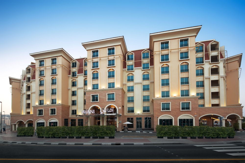 Book avani deira dubai hotel dubai hotel deals for Dubai hotel deals for residents