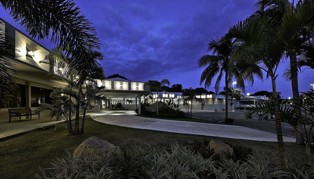 Property Grounds, Costa Bahia Hotel & Convention Center