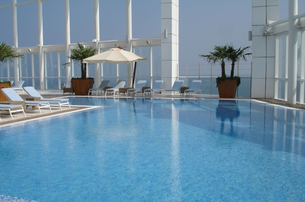 Rooftop Pool, Four Seasons Hotel Beirut