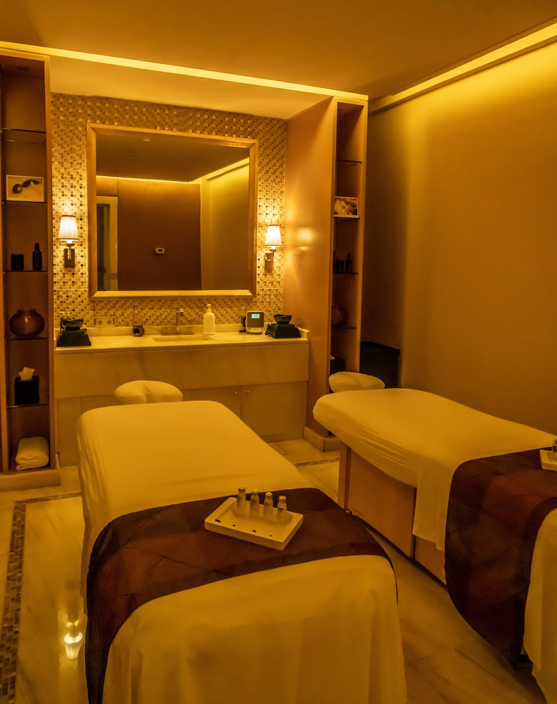 Spa Treatment, Four Seasons Hotel Beirut