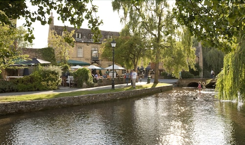Old Manse Hotel Bourton by Greene King Inns