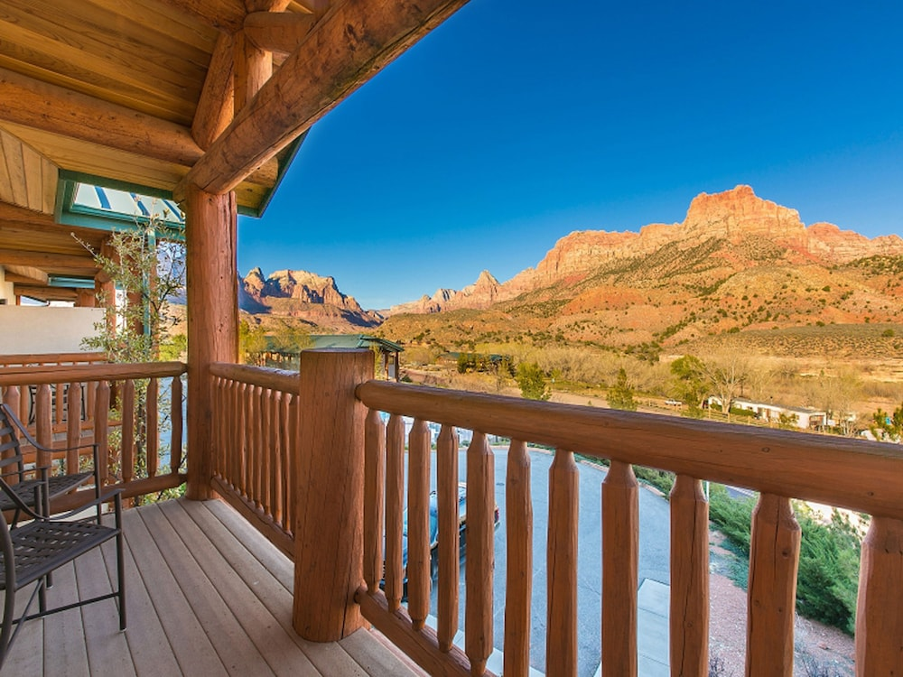 Balcony, Majestic View Lodge at Zion National Park