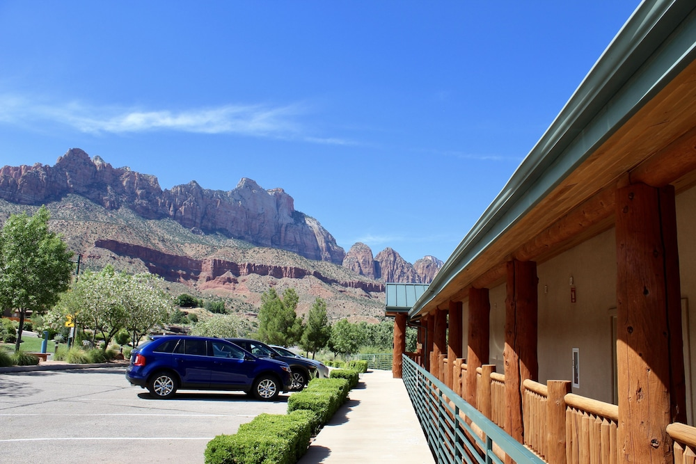 View from Property, Majestic View Lodge at Zion National Park