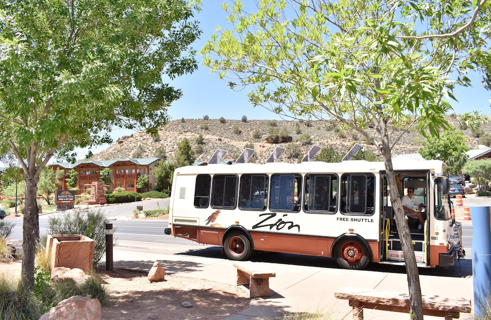 City Shuttle, Majestic View Lodge at Zion National Park