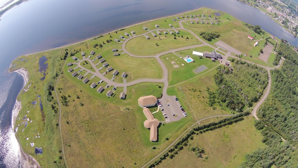 Aerial View, Villegiature Deux Rivieres Resort
