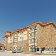 La Quinta Inn & Suites by Wyndham McKinney
