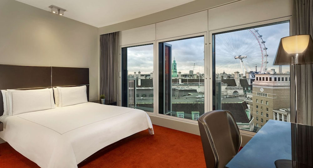 Room, Park Plaza Westminster Bridge London