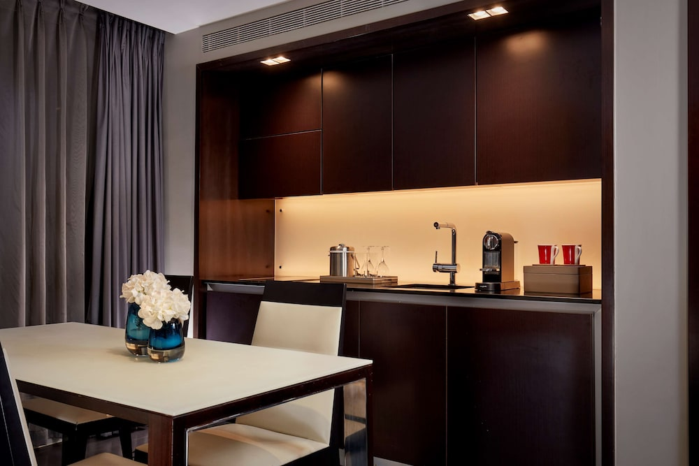 Private Kitchen, Park Plaza Westminster Bridge London
