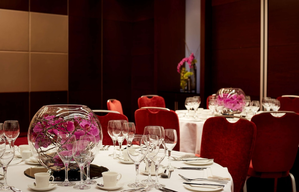 Banquet Hall, Park Plaza Westminster Bridge London