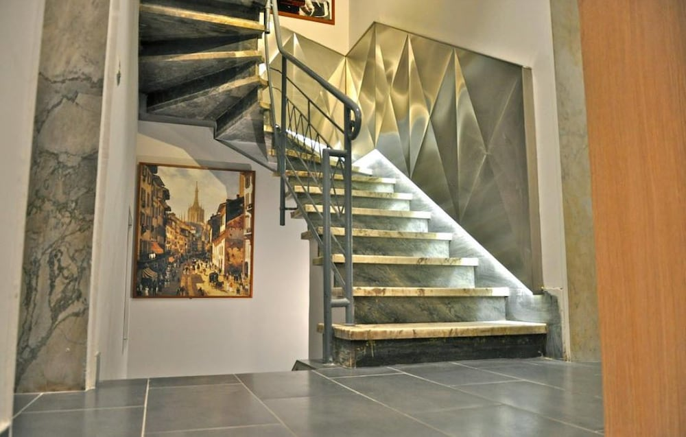 Staircase, Hotel Dover