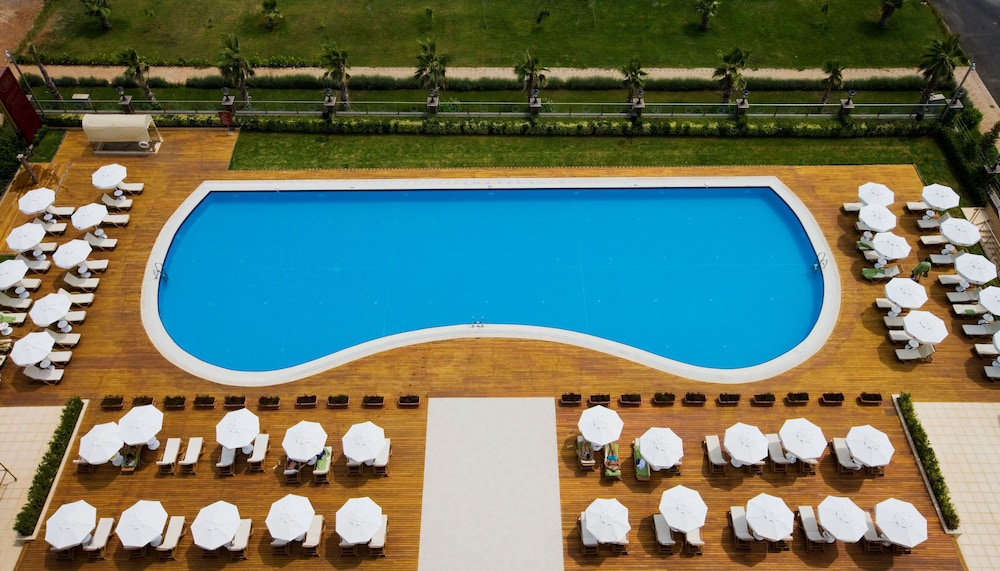 Pool, Crowne Plaza Hotel Antalya